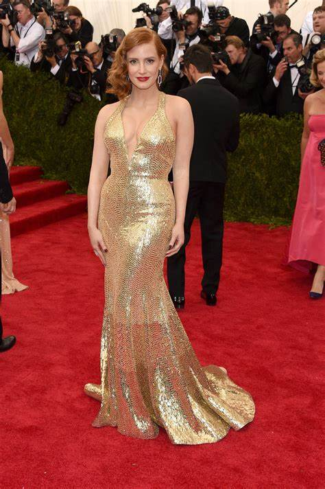 Celebs Change Clothes For Oscars After Party Celebrations